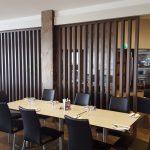 Restaurant room divider
