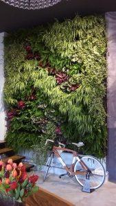 outdoor living design trends, vertical garden