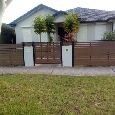 NewTechWood Front Fence
