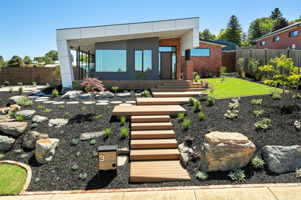A local builder installed the deck of this Warragul home