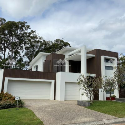 Shadowline Cladding in Walnut, front side of the home, Robina Gold Coast, QLD
